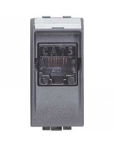BTI L4261AT5 - btnet - living int RJ45 UTP cat5E